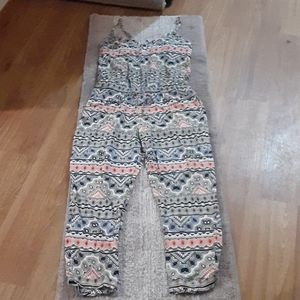 Womens size Small  Nwt Old Navy jump suit.